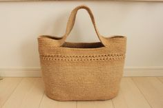 natural crocheted bag. No pattern, but can look at the close-up pictures and figure it out.