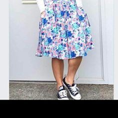 I am searching high and low for this LuLaRoe madison skirt!  If anyone has this in a medium let me know!!! #lularoe #madison #iso