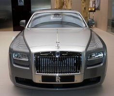 Rolls-Royce Ghost, I LOVE these cars!!!!