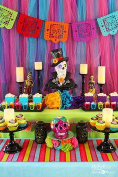 Dia de Muertos | Day of the Dead Party Ideas - Michelle's Party Plan-It