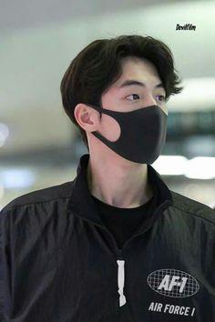 Nam Joo Hyuk Smile, Nam Joo Hyuk Lee Sung Kyung, Nam Joo Hyuk Cute, Jong Hyuk, Korean Boys Hot, Korean Men, Cute Celebrities, Korean Celebrities, Weighlifting Fairy Kim Bok Joo