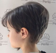 35 Wonderful Ideas For Little Girl Haircuts with Bangs - Part 11 Girls Short Haircuts Kids, Girls Haircuts With Layers, Short Curly Hairstyles For Women, Bob Haircut For Girls, Little Girl Haircuts, Haircuts With Bangs, Short Hair Cuts, Curly Hair Styles, Pixie Haircut Little Girl
