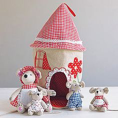 Fabric Mouse House And Family - best gifts for girls