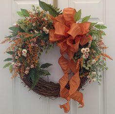Summer Wreath in orange and white. Grapevine by JansElegantWreaths