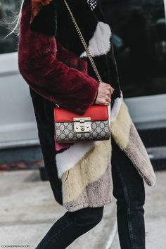 NYFW-New_York_Fashion_Week-Fall_Winter-17-Street_Style-Gucci_Bag-Fur_Coat-