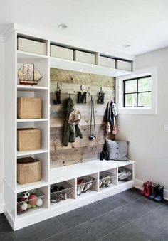 Home renovation not only helps in enhancing the overall appearance of the living place but also adds strength to the property. Astounding Home Renovation Ideas Interior and Exterior Ideas. Home Renovation, Home Remodeling, Remodeling Companies, Kitchen Remodeling, Diy Home Decor Rustic, Rustic Entryway, Entryway Decor, Decor Diy, Decor Crafts