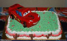 torta al cioccolato modellata Cars