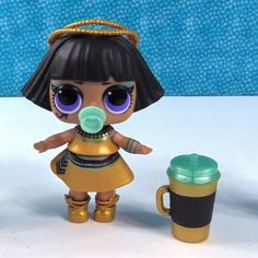 Here she is in all her glory!!! LOL Surprise Confetti pop Wave 2 Pharaoh Babe Thank you to @pstoyreviews for this really awesome unboxing video and picture! If you havent watched them head on over to their channel! #lol #lolsurprise #lolconfettipop #lolseries3wave2 #lolconfettipopwave2 #pharaohbabe #lolpharaobabe #loldolls #lolsurpriseseries3 #lolcollection #loldollcollection #collectlol