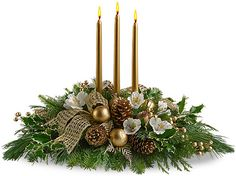 Fabulous christmas centerpieces ideas anyone can make 27 Candle Arrangements, Christmas Flower Arrangements, Christmas Table Centerpieces, Christmas Flowers, Christmas Candles, Xmas Decorations, Christmas Wreaths, Christmas Crafts, Christmas Ornaments