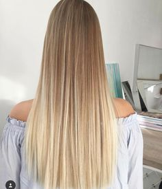 The 74 Hottest Blonde Hair Looks to Copy This Summer Blonde Hair Looks, Honey Blonde Hair, Boliage Hair, Hair Color Guide, Costume Noir, Pinterest Hair, Dyed Hair, Hair Cuts, Hair Beauty