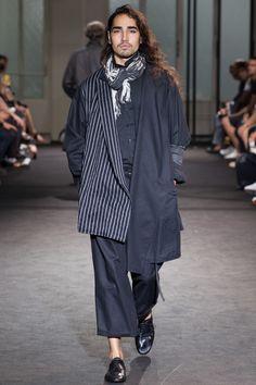 Yohji Yamamoto Spring 2017 Menswear Collection Photos - Vogue