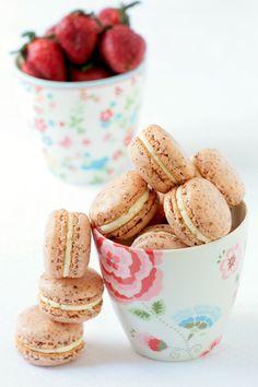 Strawberry and vanilla macarons