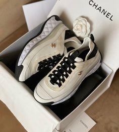 Ladies Shoes, Puma Platform, Lady, Sneakers, Fashion, Tennis, Moda, Slippers, Fashion Styles
