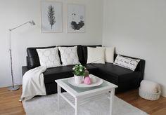 k o t i p o r s t u a: Opiskelijakodin sisustaminen ♥ Couch, Furniture, Home Decor, Living Room, Settee, Decoration Home, Room Decor, Sofas, Home Furnishings