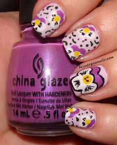 Pansy mani. Any #TriDelta sisters want to try this out?? I do!!