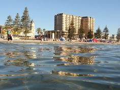 AUSTRALIE - AUSTRALIE DU SUD - ADELAÏDE - Plage de Glenelg San Francisco Skyline, Travel, Australia, The Beach, Voyage, Viajes, Traveling, Trips, Tourism