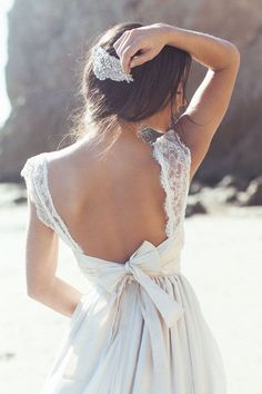 Bridal Blog | Anna Campbell | Vintage Inspired Wedding Dresses » This is so pretty!