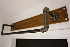 Industrial Style Above Door Hanging Rod Valet