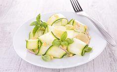Les légumes frais proposent une alternative intéressante aux pâtes industrielles. Voici 5 raisons d'adopter les tagliatelles de légumes !
