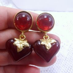 Vintage 1960's cranberry colored acrylic lucite by jewelry715, $10.00
