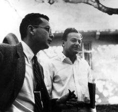 Uncredited Photographer Theoretical Physicists Murray Gell-Mann and Richard Feynman 1959 Physics Paper, Richard Feynman, Quantum Mechanics, Physicist, Being In The World, Fine Men, World Traveler, Critical Thinking, Natural World