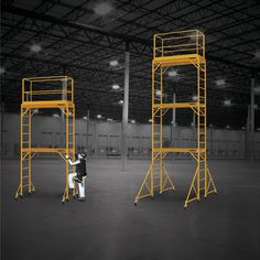 Metaltech Multipurpose 18ft. Maxi Square Triple Baker-Style Scaffold Tower Package — 690-Lb. Capacity, Model# I-T3CISC | Scaffolding| Northern Tool + Equipment
