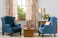 Obývačka - kolekcia Londres    #obyvacka#kvety#zavesy#kreslo Wingback Chair, Accent Chairs, Curtains, Furniture, Home Decor, Living Room, Upholstered Chairs, Blinds, Decoration Home
