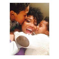Yandee and her kids
