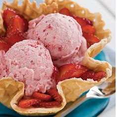 Homemade Ice Cream Recipes: Vanilla Ice Cream With Fruit Blend < 25 Homemade Ice-Cream Recipes - Southern Living Mobile