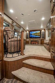 Interior Motorhome, Travel Trailer Interior, Campervan Interior, Rv Interior, Luxury Interior, Interior Ideas, Motorhome Living, Interior Designing, 5th Wheel Camper