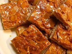 超美味!さくさくフロランタンの画像 Sweets Recipes, No Bake Desserts, Cake Recipes, Cooking Recipes, Making Sweets, Beautiful Desserts, Bread Cake, Cafe Food, Sweet Tarts