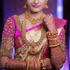 26 Breathtaking Heavy Diamond Necklace Set Designs • South India Jewels Wedding Saree Blouse Designs, Pattu Saree Blouse Designs, Blouse Designs Silk, Wedding Sarees, South Indian Bridal Jewellery, Indian Bridal Fashion, Bridal Silk Saree, Organza Saree, Wedding Saree Collection