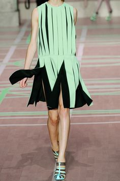 Versus- Pleated crepe dress