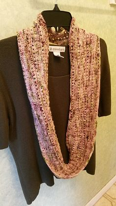 This is a simple infinity scarf. It only uses Knit free pattern