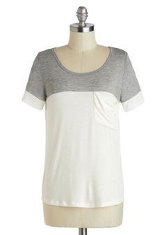 New to the Colorblock Top in Grey