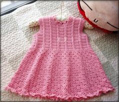 Make a lovely baby dress crochet with this free pattern Crochet Dress Girl, Crochet Baby Dress Pattern, Crochet Bebe, Baby Girl Crochet, Crochet Baby Clothes, Crochet Yarn, Crochet Patterns, Crochet Dresses, Crochet Designs
