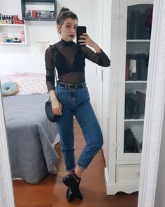 Friday asks for a better look right? You talked a lot about having trouble riding a look with mom jeans for the night so # Ripped Knee Jeans, Ripped Jeggings, Oufits Casual, Casual Outfits, Cute Outfits, Boyfriend Jeans, Mom Jeans, Lingerie Look, Look Fashion