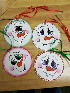 Set of 4 wooden snowman Christmas ornaments christmasornaments painted christmas ornaments Snowman Christmas Ornaments, Snowman Crafts, Christmas Crafts For Kids, Christmas Art, Christmas Projects, Holiday Crafts, Snowman Wreath, Angel Ornaments, Snowman Faces