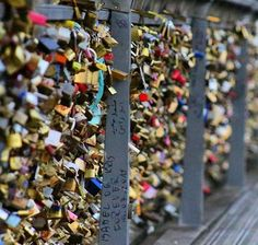 Comparateur de voyages http://www.hotels-live.com : @monsieurkool - Come lock your love in Paris !!! - #pontdesarts #paris #france #lovebridge #lock #parisjetaime #beautyiseverywhere #Regrann by aquelasuaviagem https://www.instagram.com/p/_zzjodETP_/ #Flickr via https://instagram.com/hotelspaschers via Hotels-live.com https://www.facebook.com/125048940862168/photos/a.1069203666446686.1073741901.125048940862168/1076171739083212/?type=3 via…