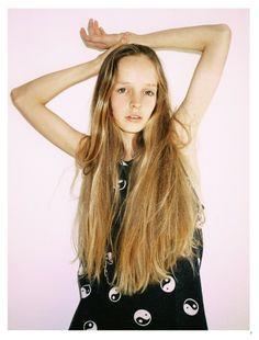Eline by Jolijn Snijders for Lolita Magazine