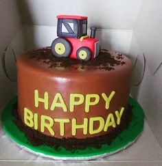Simple tractor cake for a little boy #tractor #alledible #birthday #baking #homemade #cake #dessert #decoration #icing #frosting #sugar #fondant #food #montreal #finessecatering #finesse #catering #creativefood #foodporn #foodpost #wiltoncakes #kitchenaid #vscofood #cakestagram #instafood #foodphotography #cakeoftheday #buzzfeedfood