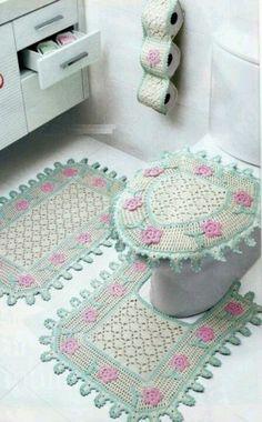 crochet for the bathroom Crochet Home Decor, Crochet Crafts, Crochet Doilies, Crochet Projects, Love Crochet, Beautiful Crochet, Knit Crochet, Crochet Kitchen, Carpet Design