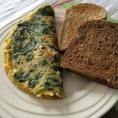 Omelet met spinazie en ricotta