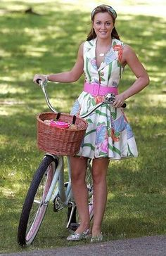 Gossip Girl. Love love love the dress