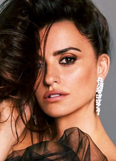 "Penélope Cruz""photographed by Hunter & Gatti for Madame Figaro May 2018 "" Penelope Cruze, Celebrity Faces, Celebrity Photos, Spanish Actress, Teresa Palmer, Face Photo, Rachel Weisz, Jessica Chastain, Kate Winslet"