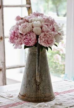 mykonos ticker: Χρώμα σε βάζα στην ζωή μας με λουλούδια παντού!! Μ...