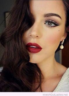 Glam makeup inspiration with curls