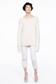 Nili Lotan Fall 2015 Ready-to-Wear Collection Photos - Vogue Knit Fashion, High Fashion, Fashion Show, Fashion Design, Fashion Trends, Fashion Fashion, Fall Collections, White Denim, Fall 2015
