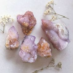 The Earth provides many of the necessary tools needed to help heal the body, mind and spirit. One of these tools is Reiki healing stones and crystals. These stone are used to help align and unblock the life force in the body. Crystal Magic, Crystal Healing, Crystal Room, Crystals And Gemstones, Stones And Crystals, Gem Stones, Wicca Crystals, Simply Kenna, Crystal Aesthetic