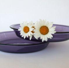 Pyrex Pie Plates - Plum / Purple.